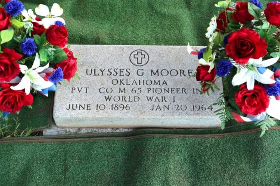 Photo -  Marker for U.G. Moore in Trice Hill Cemetery. [DOUG HOKE/THE OKLAHOMAN]