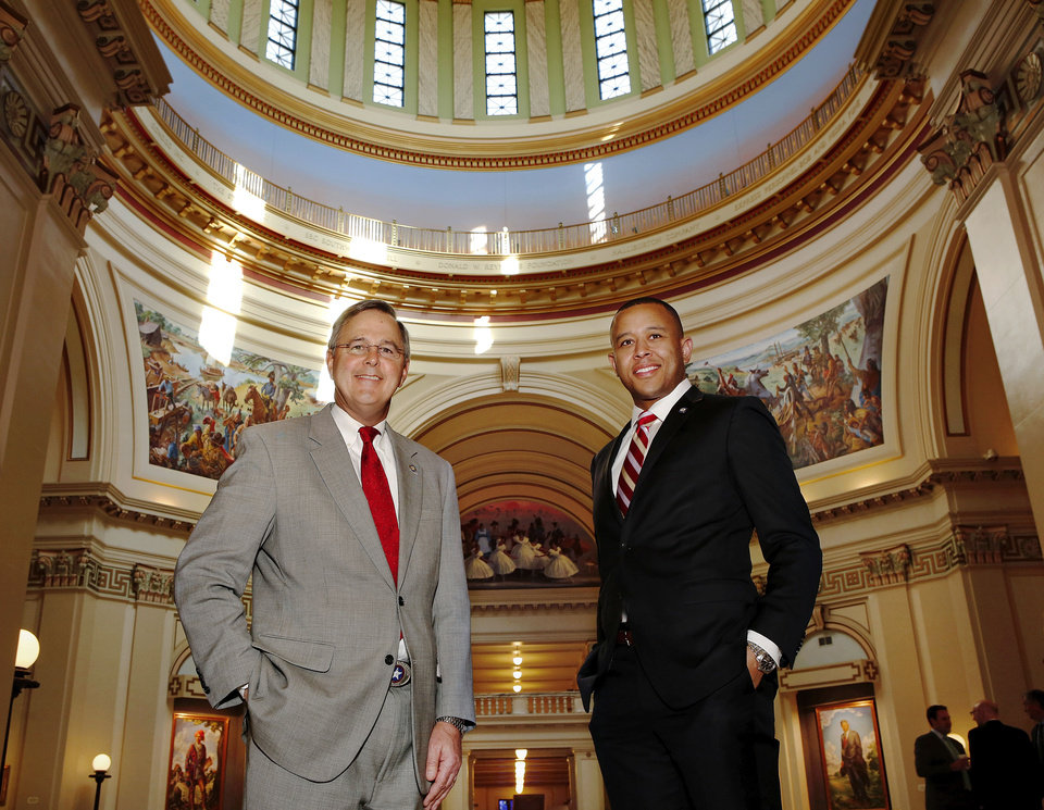Photo - Senate President Pro Tem Brian Bingman and House Speaker T. W. Shannon at state Capitol on Thursday, Jan. 31,  2013.    Photo by Jim Beckel, The Oklahoman