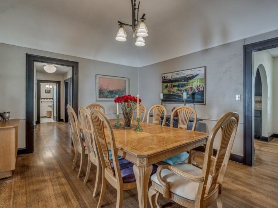 Photo -  This is the dining room at 1232 NE 17. [L.D. SMITH PROPERTIES]