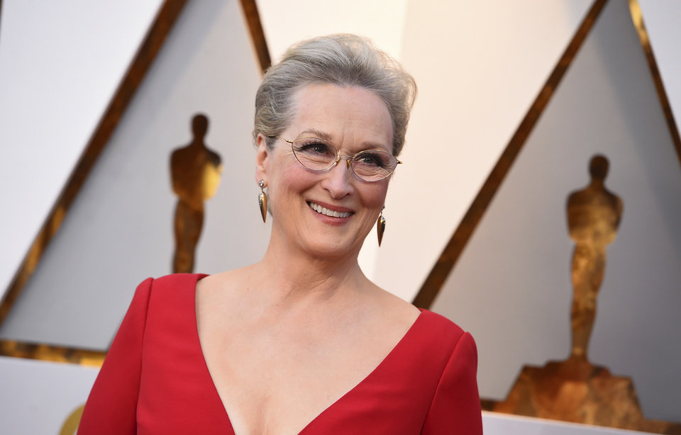 Photo - Meryl Streep arrives at the Oscars on Sunday, March 4, 2018, at the Dolby Theatre in Los Angeles. (Photo by Jordan Strauss/Invision/AP)