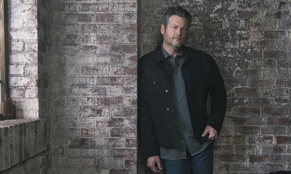 Photo -  Blake Shelton [Andrew Accles photo]