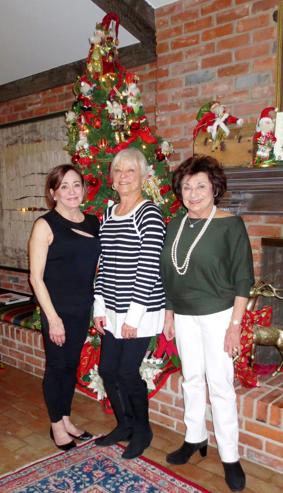 Photo - Connie Givens, Rawsie Boyles, Judy Lehmbeck. PHOTO BY HELEN FORD WALLACE, THE OKLAHOMAN