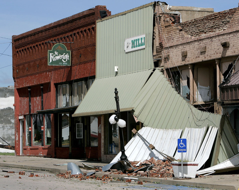 Photo - Storm damage at the Geary, Okla., on Sunday, August 19, 2007 following a storm that hit the area early Wednesday morning. By John Clanton, The Oklahoman