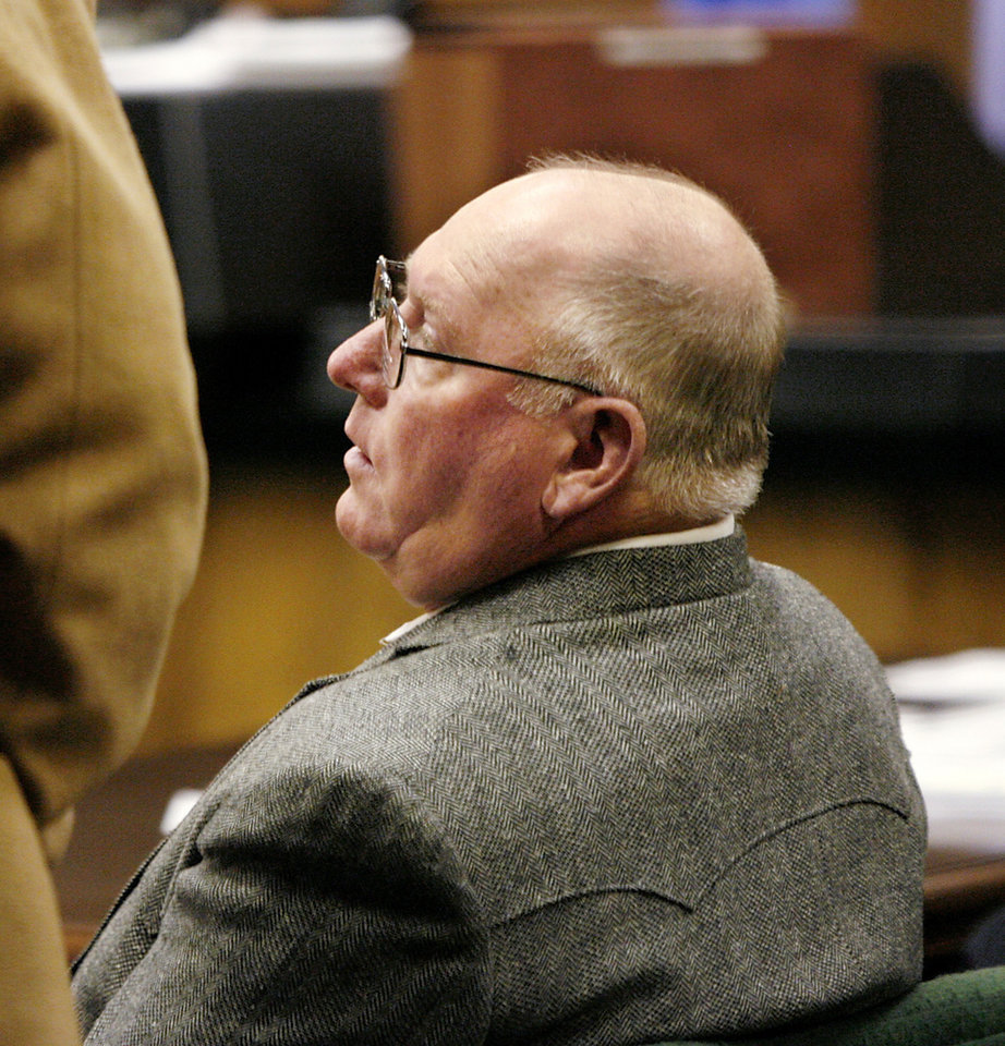 Daily published photos march 31 2009 former seminole county sheriff joe craig was denied his request seeking a restraining order and an xflitez Images