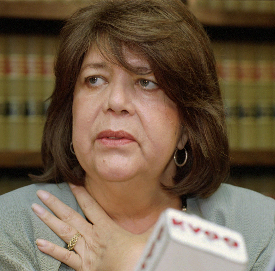 Wilma Mankiller, noted former Cherokee chief, dies