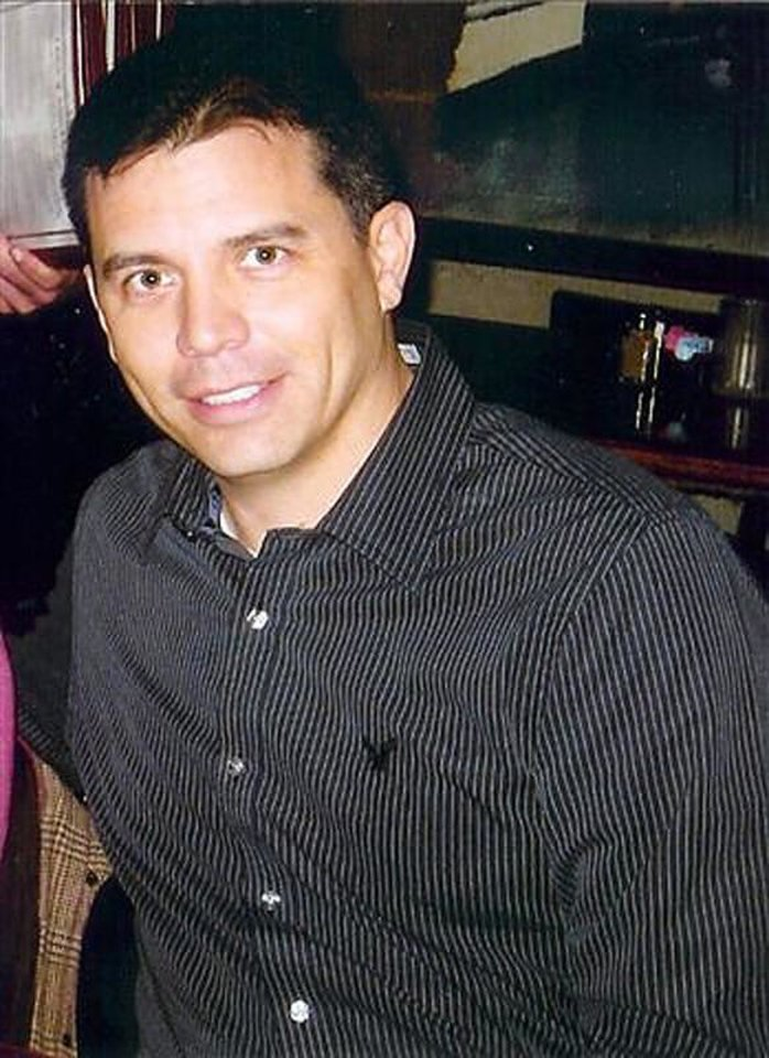Photo - AIRPLANE ACCIDENT DEATH VICTIM: Rick Sandoval, 40, Weatherford, pilot, pilot who died in plane crash Tuesday, Feb. 4, 2008. Photo provided.   ORG XMIT: KOD