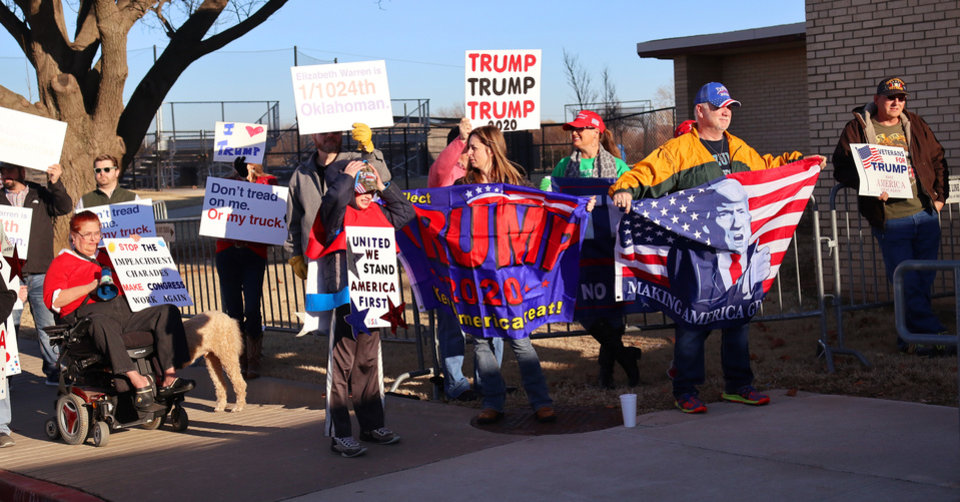 Photo - Trump supporters outside during an Elizabeth Warren campaign stop in Oklahoma City at Northwest Classen High School, her alma mater, Sunday, December 22, 2019. [Photo by Doug Hoke/The Oklahoman]