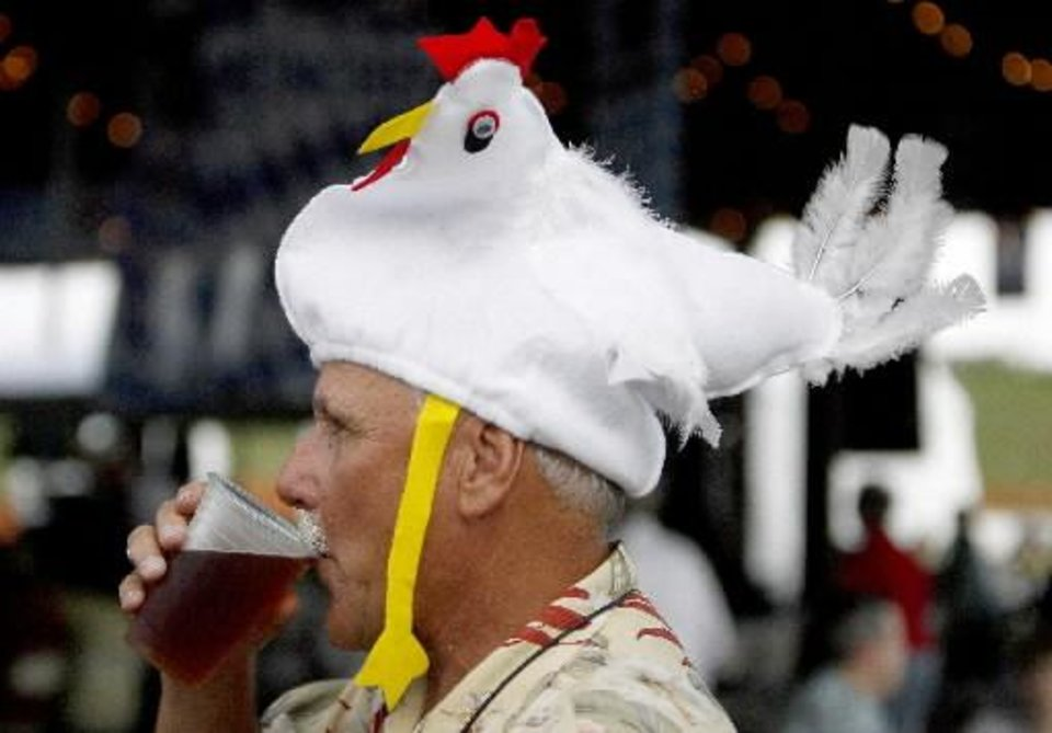Photo -  Beer+Chicken Dance=