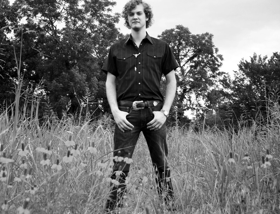 Photo - Tanner Fields was born in Edmond. The Okie musician got his start with piano lessons and gravitated toward guitar when he was 13. [Photo provided by Addie Dunham]