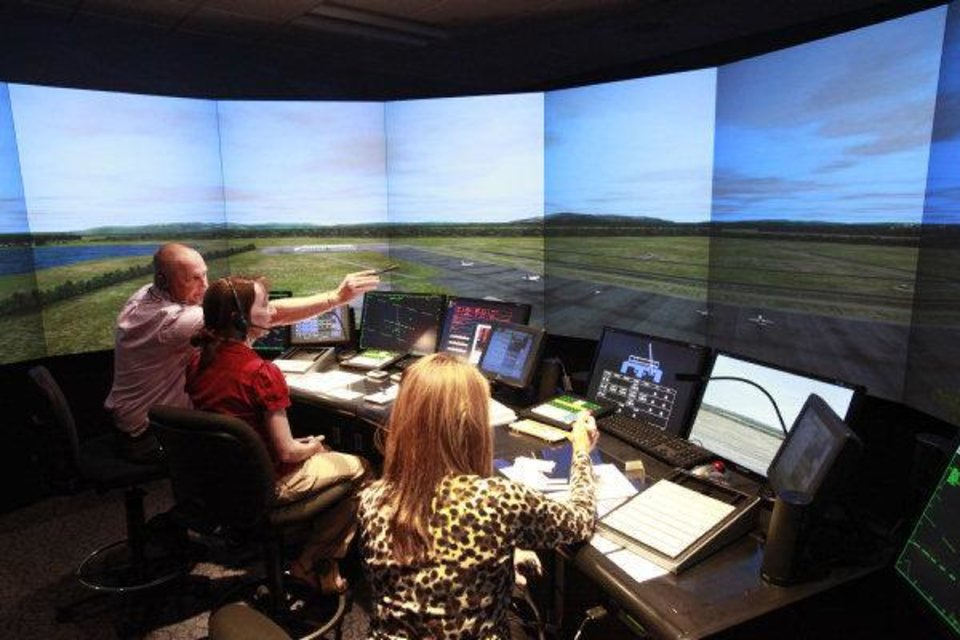 Experiencing air traffic control 75 years after it began | News OK
