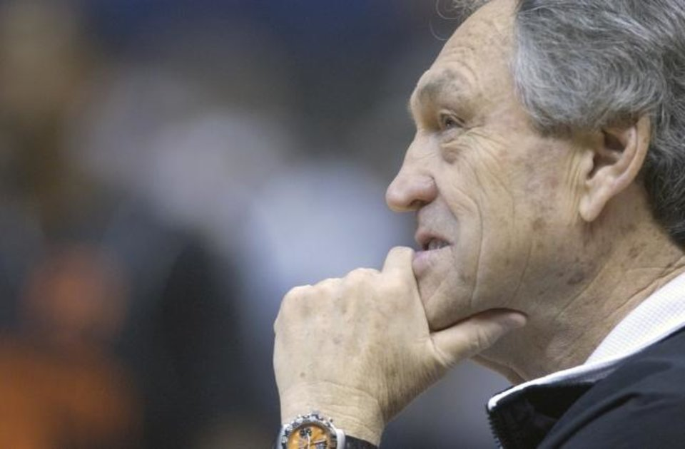Photo -  San Antonio,TX April 2, 2004.Oklahoma State University  (OSU)  Final Four) Coach Eddie Sutton watches the Cowboys afternoon practice.  Staff photo by Steve Gooch