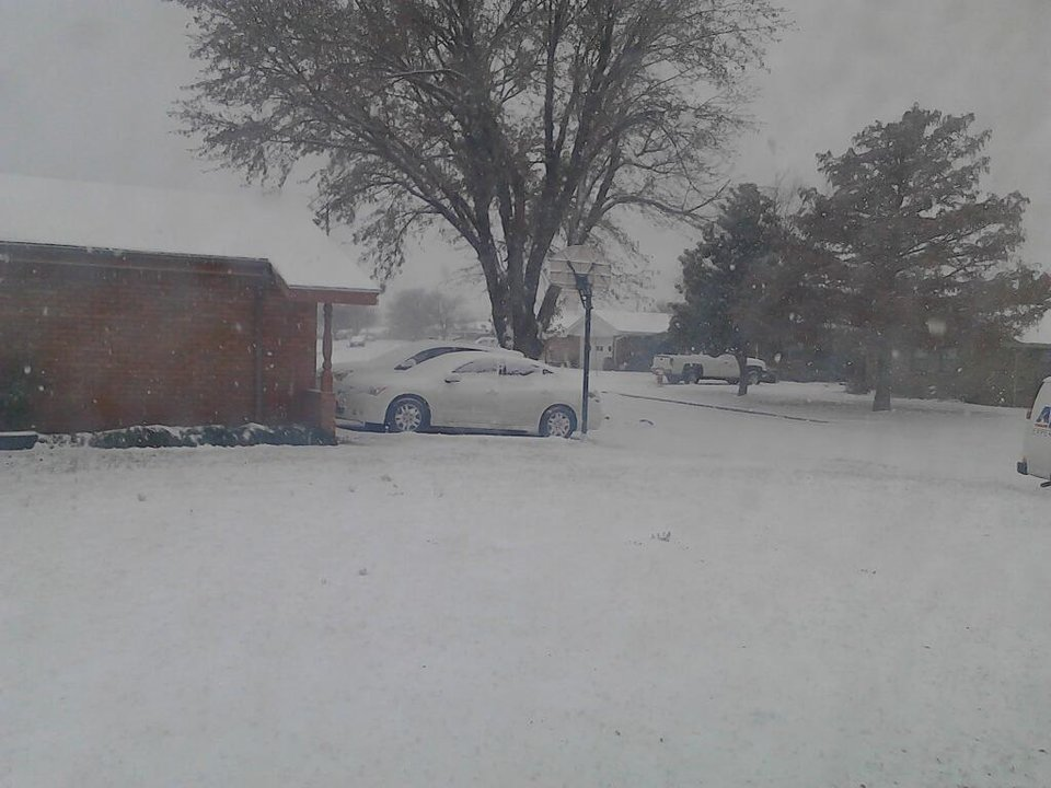 Photo - Snow in Clinton. Photo by Robert Keil