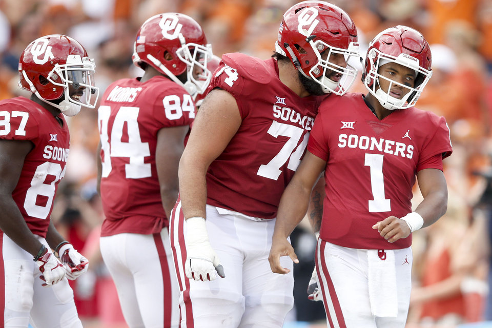 c3b9b02e Kyler Murray accounted for three touchdowns in the fourth quarter against  Texas, including a game-lengthening 67-yard run. It was one of the biggest  moments ...
