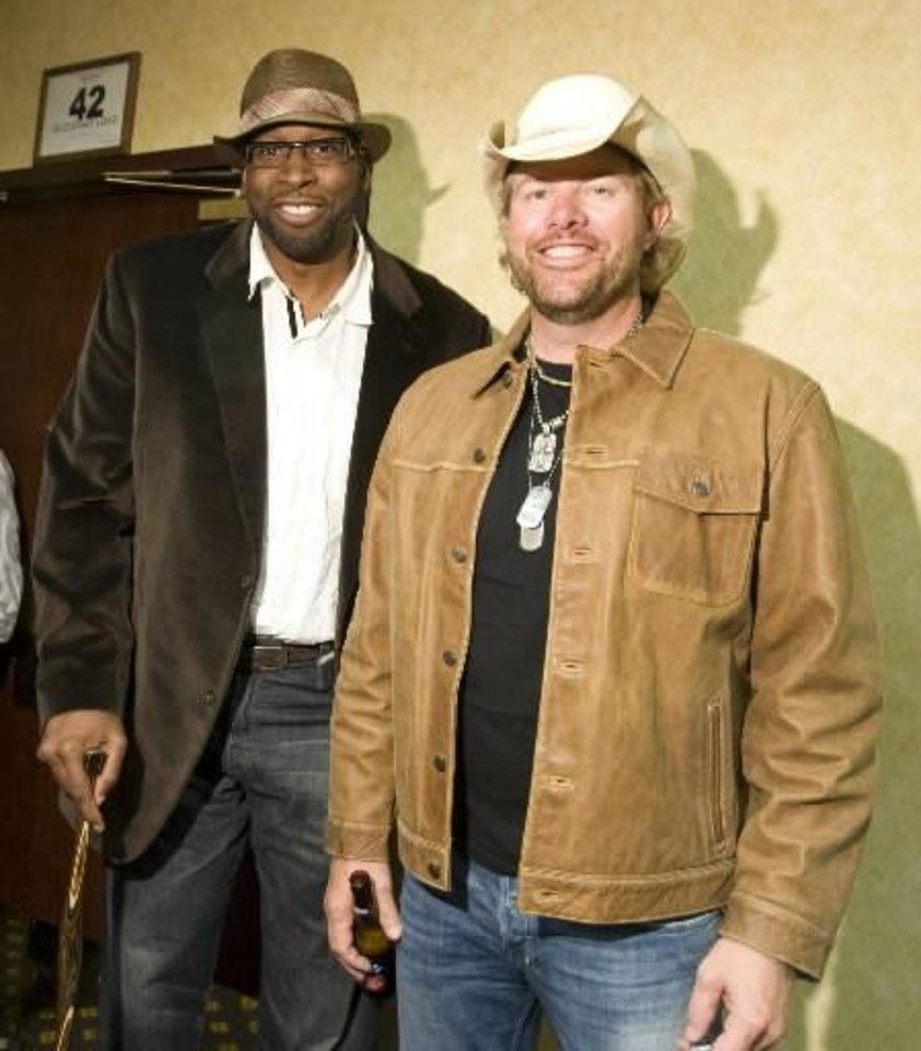 Toby Keith earns Grammy nomination for Wayman Tisdale tribute