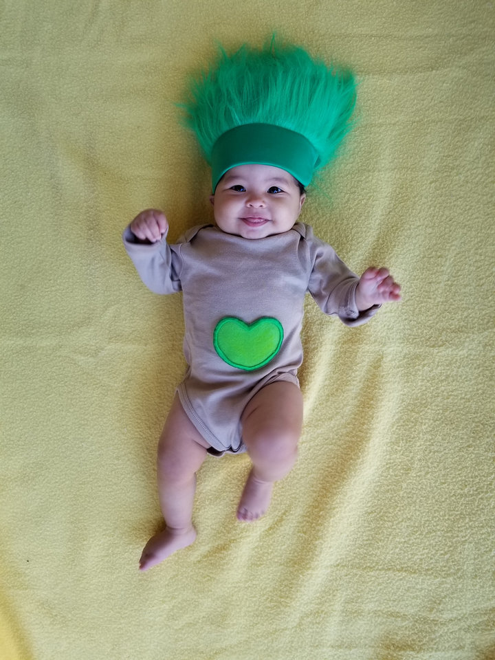 eliza taylor 7 months dresses as a troll doll in one of her 31 halloween costumes