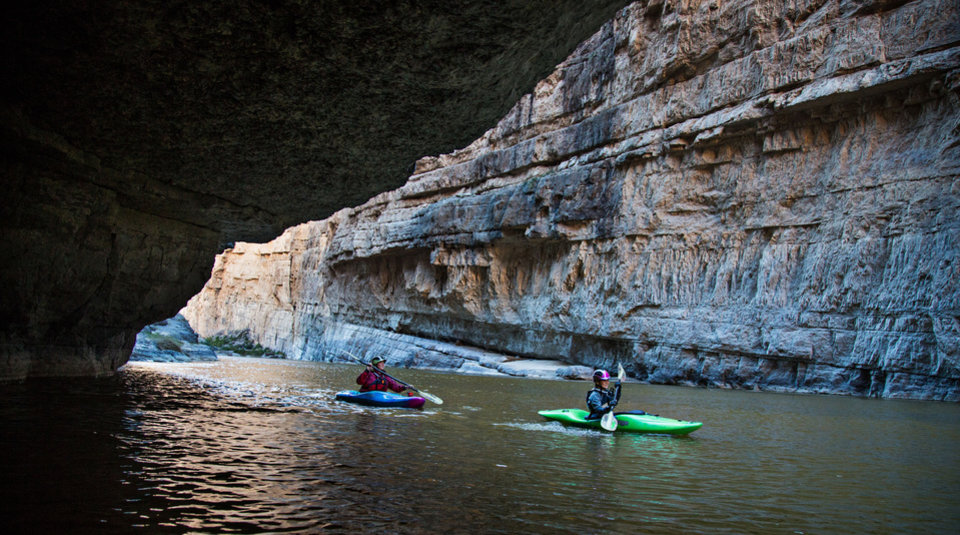 Photo - Kathy and Abby Holcombe navigate the Black Canyon of the Colorado River in Nevada (Photo by Peter Holcombe)