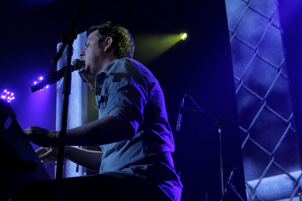 Photo - John Fullbright performs live at an official showcase at the Folk Alliance International Conference in Kansas City, Mo. [Photo by Nathan Poppe, The Oklahoman]