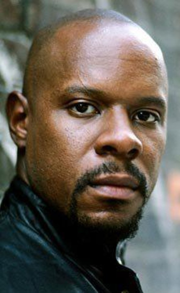 Photo - Actor, Avery Brooks   ORG XMIT: 0906251542387503