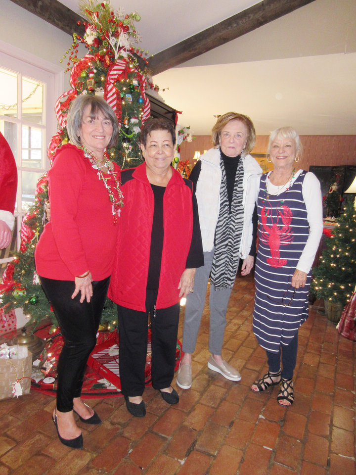 Photo - Kanela Huff, Tina Stubbs, Pam Smith, Rawsie Boyles. PHOTO BY HELEN FORD WALLACE, THE OKLAHOMAN