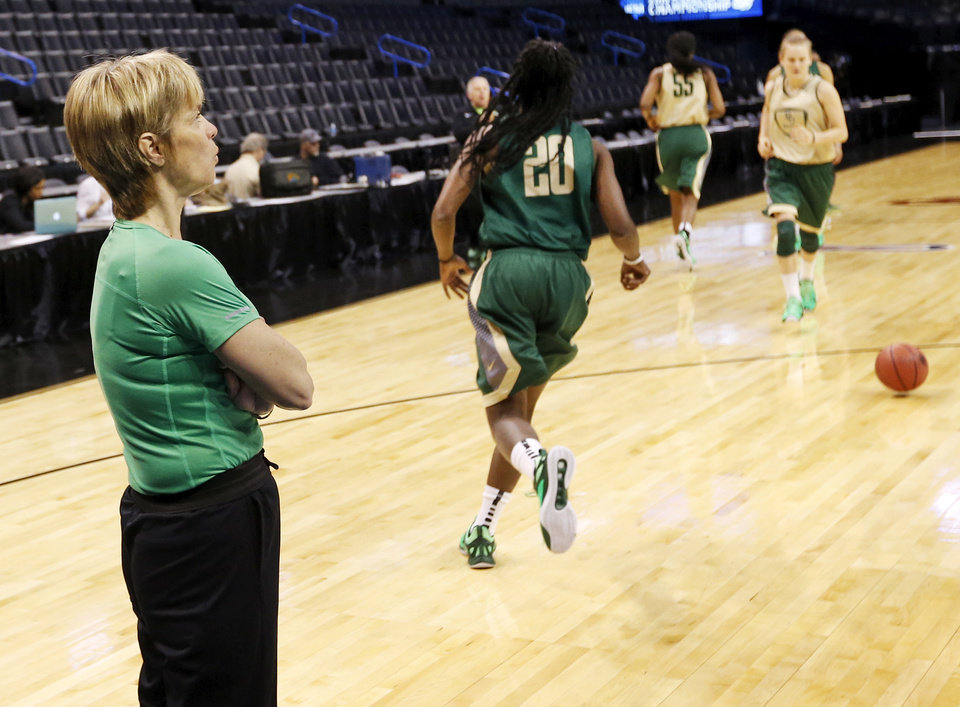 Photo - Baylor coach Kim Mulkey watches her players run a drill during the first practice day for the Oklahoma City Regional in the NCAA Division I Women's Basketball Championship at Chesapeake Energy Arena in Oklahoma City, Thursday, March 26, 2015. Photo by Nate Billings, The Oklahoman