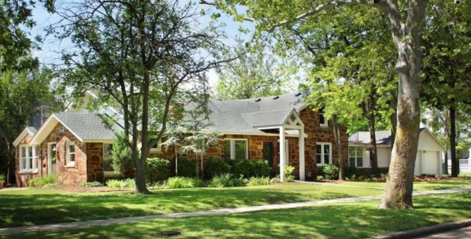 Photo -  Samantha Roberts' home at 2700 NW 14, a ranch-type style built in 1916 with several additions and remodelings over the years, is on the Miller home tour. [PHOTO PROVIDED]