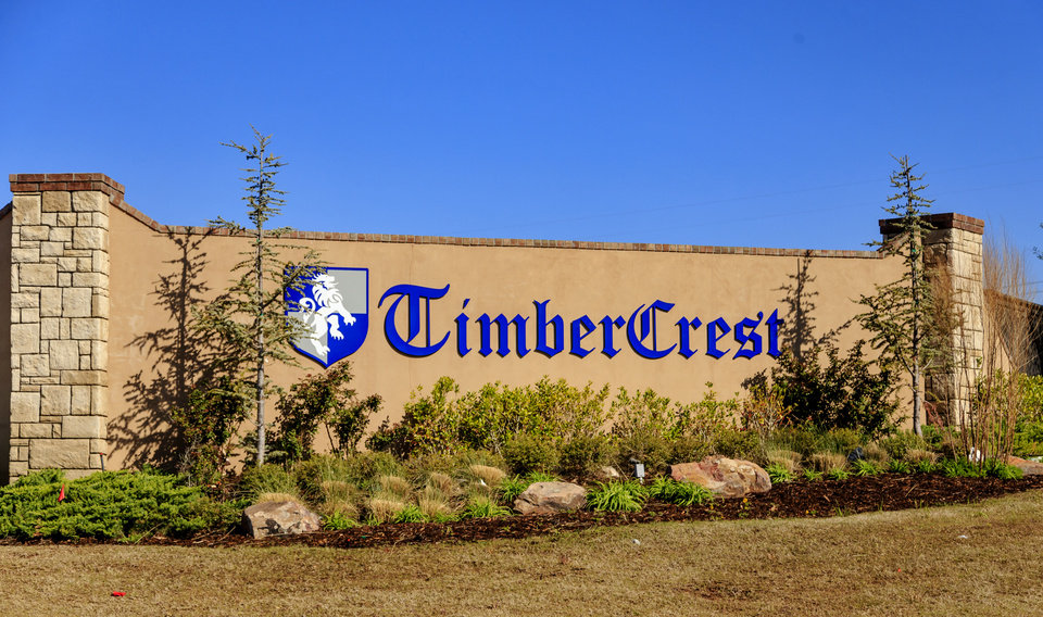 Photo -  The Timber Crest addition is west of Midwest Boulevard, north of Covell Road, in Edmond. [PHOTO BY CHRIS LANDSBERGER, THE OKLAHOMAN]