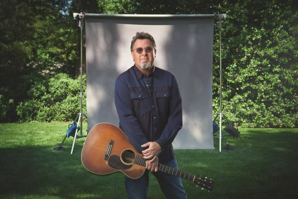 Photo - Vince Gill [John Shearer photo]