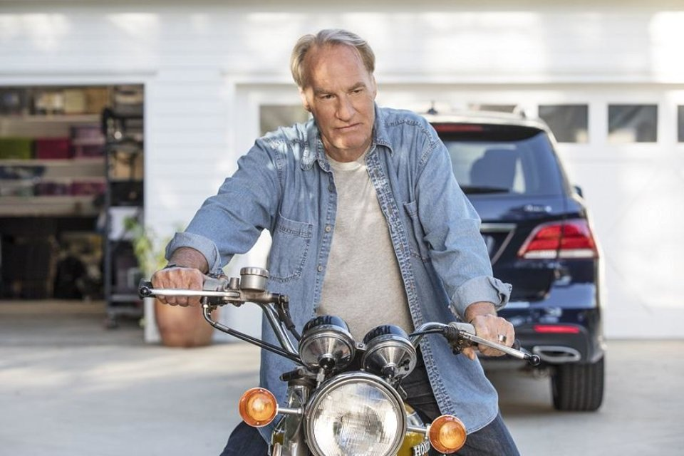 Photo - Craig T. Nelson appears in a scene from the 2018 romantic comedy