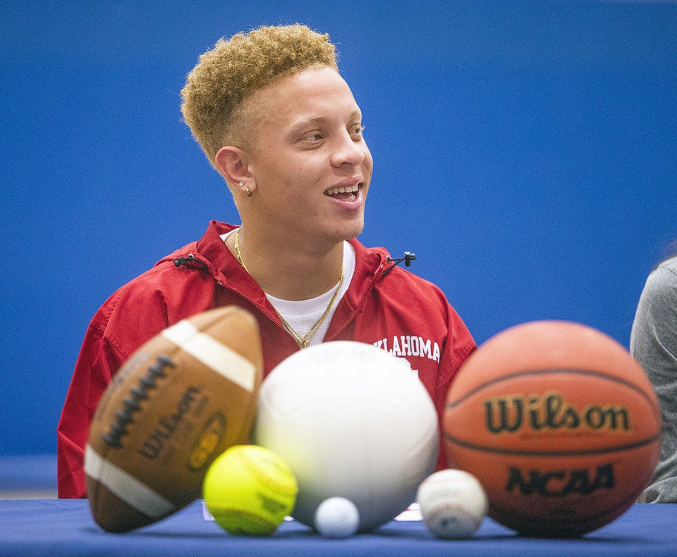 Photo -  Quarterback Spencer Rattler of Phoenix's Pinnacle High School will sign with Oklahoma on Wednesday. [PHOTO COURTESY ARIZONA REPUBLIC]