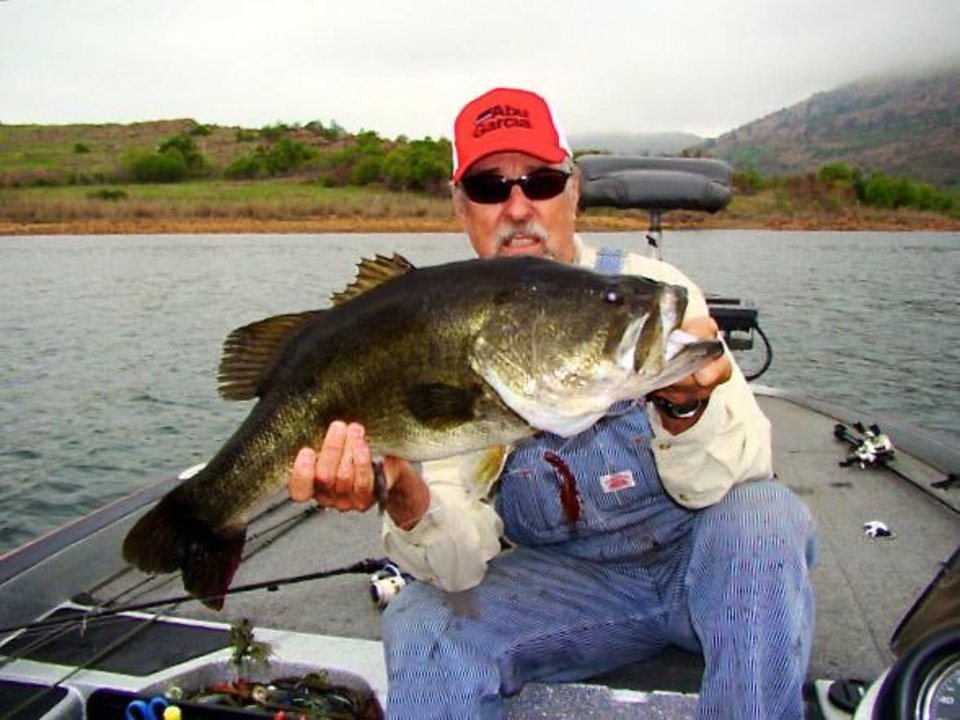 Ken cook has a fish story to tell and it 39 s a whopper for Bass fish cooking