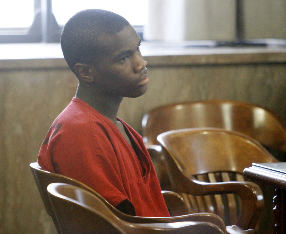 Photo - Tavon Railback appears Oct. 23 in Oklahoma County District Court.  Photos by Steve Gooch,  The Oklahoman