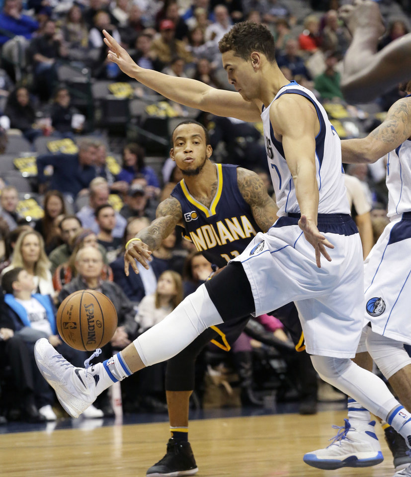Color game ray otero - Indiana Pacers Guard Monta Ellis 11 Passes Against Dallas Mavericks Forward Dwight Powell 7 During The First Half Of An Nba Basketball Game In Dallas