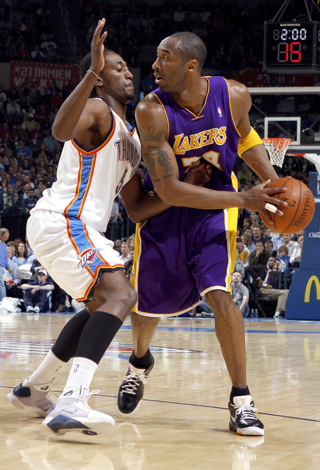 2d7ac13aeb9ad8 Oklahoma City s Kyle Weaver (5) defends theLakers s Kobe Bryant (24) during  the