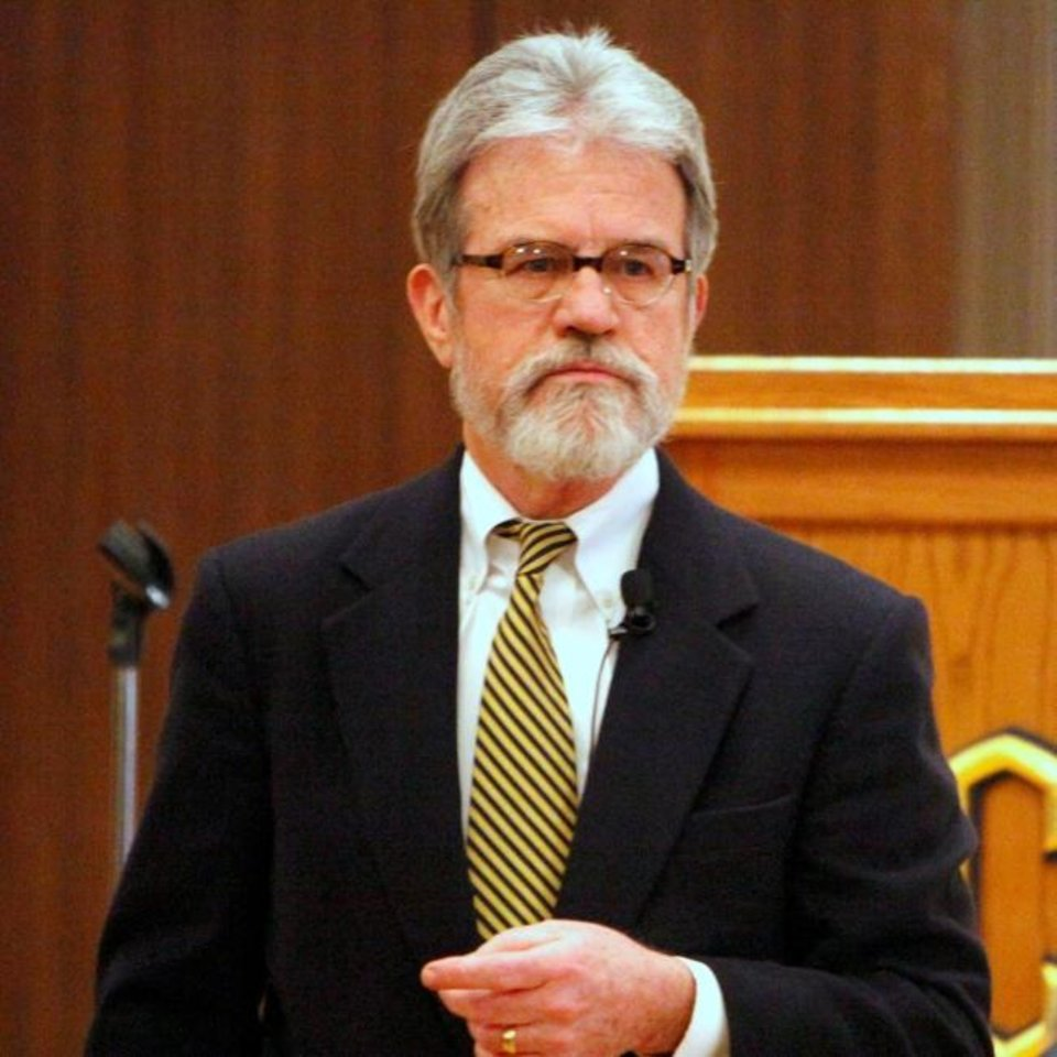 Photo - Oklahoma US Senator Tom Coburn speaks to citizens at a town hall meeting at the University of Central Oklahoma in Edmond, OK, Saturday, Feb. 4, 2012. By Paul Hellstern, The Oklahoman