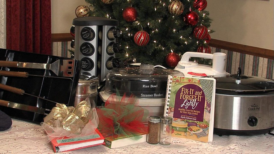 Photo - Cookbooks and steamers are among gift choices that can promote good health. PHOTO BY KYLE ROBERTS, NEWSOK 		ORG XMIT: 0912011604215136