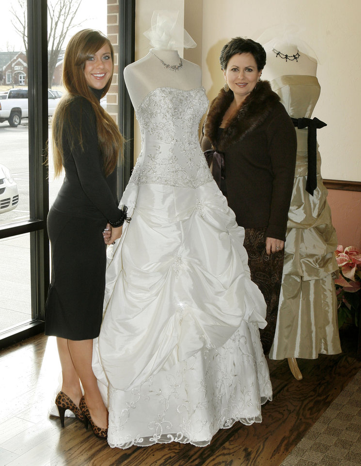 Edmond Bridal Boutique Fulfills Womans Dreambrspan Classhl2