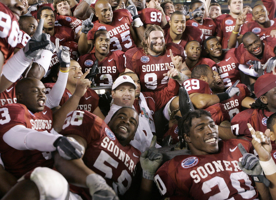 Oklahoma Coaches Players Hope For Strong Finish Article Photos