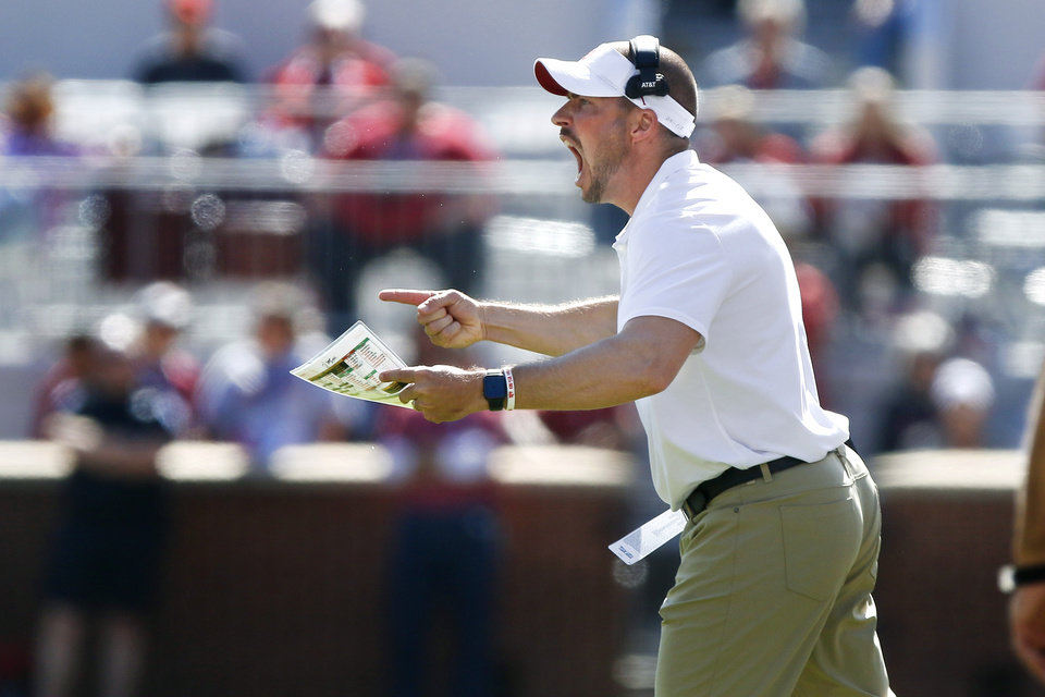 Photo - Alex Grinch shouts during a college football game between the University of Oklahoma Sooners (OU) and the West Virginia Mountaineers at Gaylord Family-Oklahoma Memorial Stadium in Norman, Okla, Saturday, Oct. 19, 2019. Oklahoma won 52-14. [Bryan Terry/The Oklahoman]