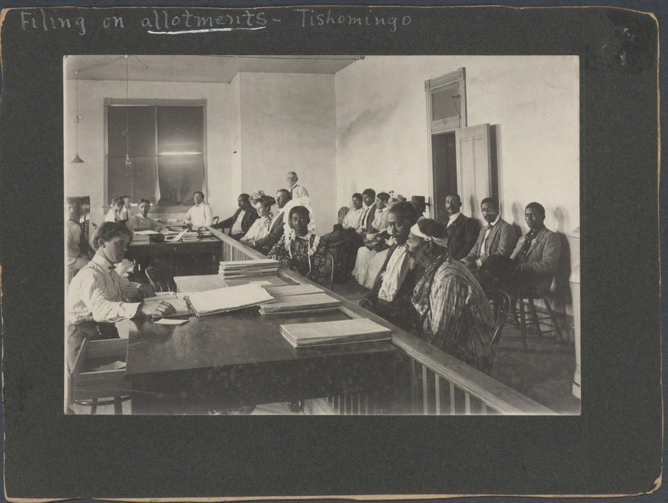 Photo -  Chickasaw freedmen file on allotments in Tishomingo, Indian Territory. [PROVIDED BY OKLAHOMA HISTORICAL SOCIETY]