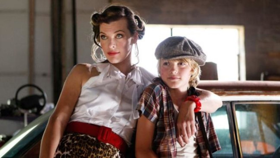 Photo -  Milla Jovovich and Spencer List star in the comedy