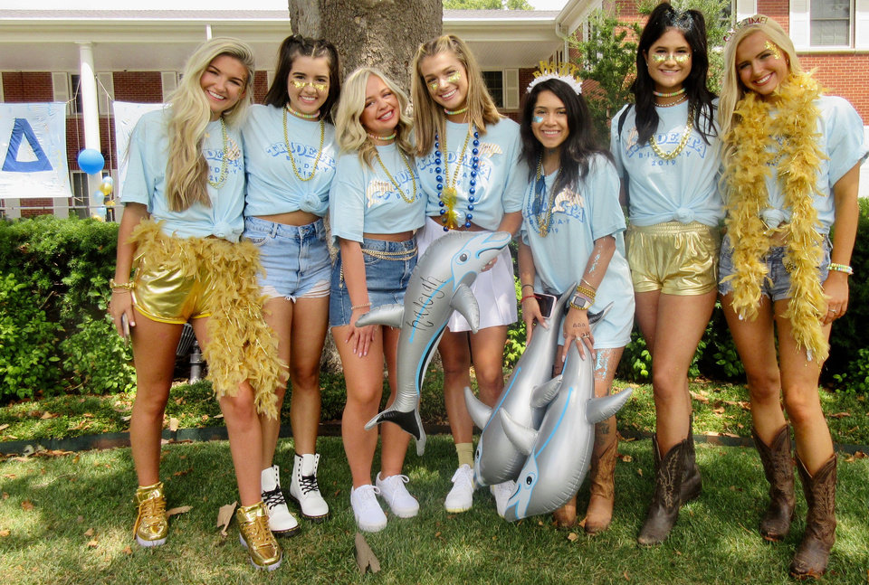 Photo - Blair Rutherford, Sophie Martin, Spencer Hands, Savy Pollock, Angela Varela, Dakota Hildreth, Olivia Reynolds at the Delta Delta Delta house on Bid Day. HELEN FORD WALLACE PHOTO, THE OKLAHOMAN