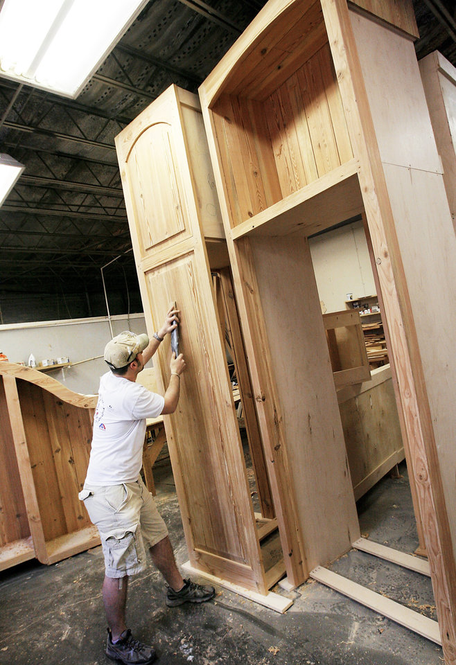 Oklahoma City Cabinetmaker Carves Out Niche In High End Market