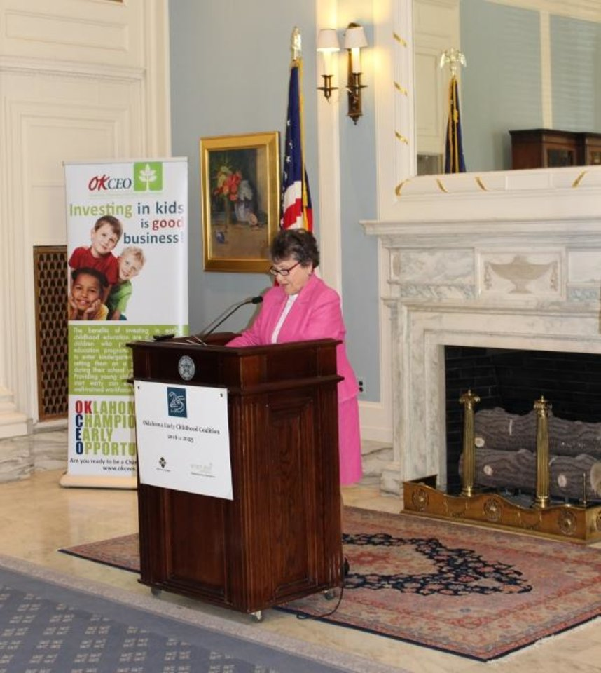 Photo - Potts Family Foundation co-founder Pat Potts addresses members of the OK25by25 Early Childhood Coalition (Photo provided by the Potts Family Foundation)