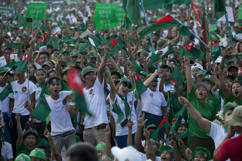 Myanmar prepares for historic elections Sunday - Photo Gallery