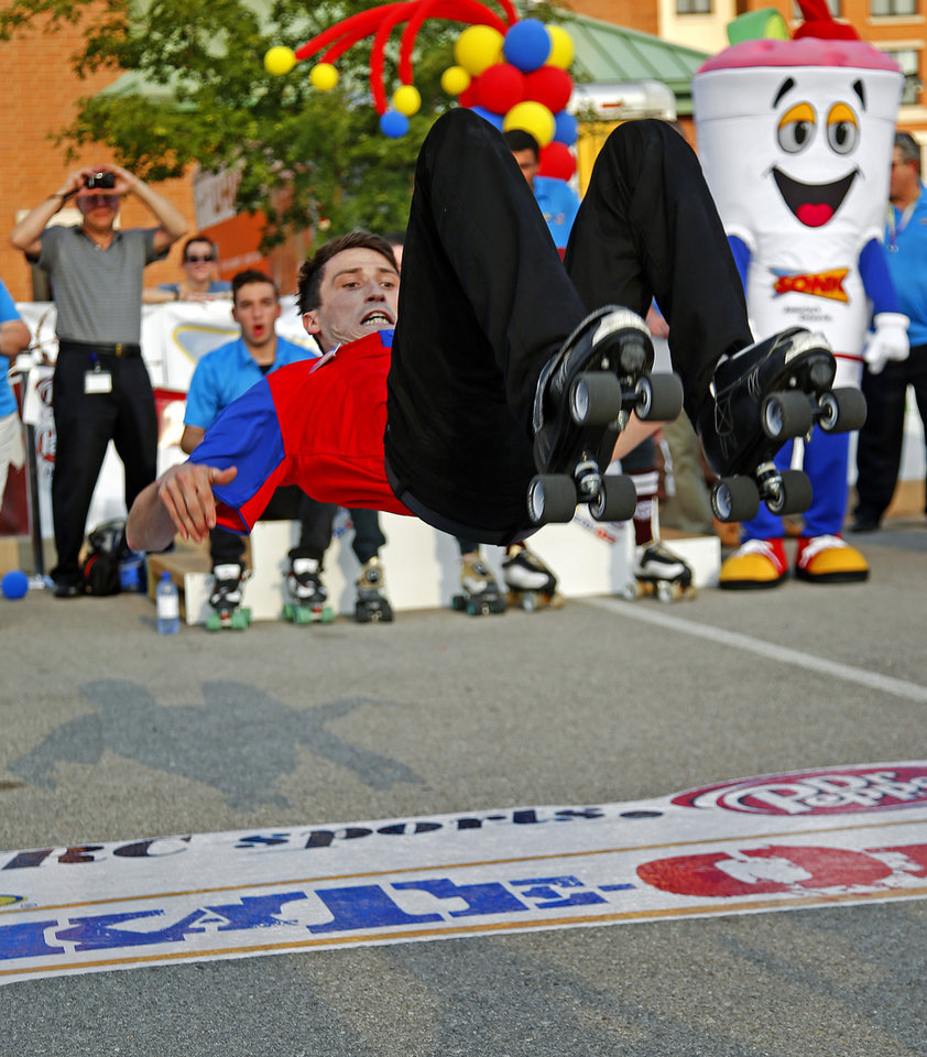 skate it off news ok sonic carhop joshua tucker of dothan alabama performs a routine during the sonic skate off competition in oklahoma city wednesday 26 2015