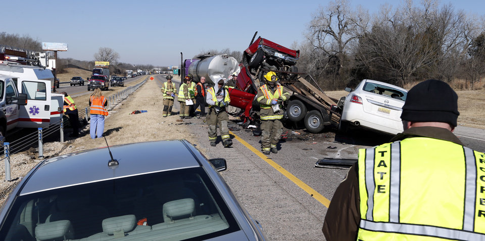 I-35 northbound narrowed to one lane following crash near Goldsby