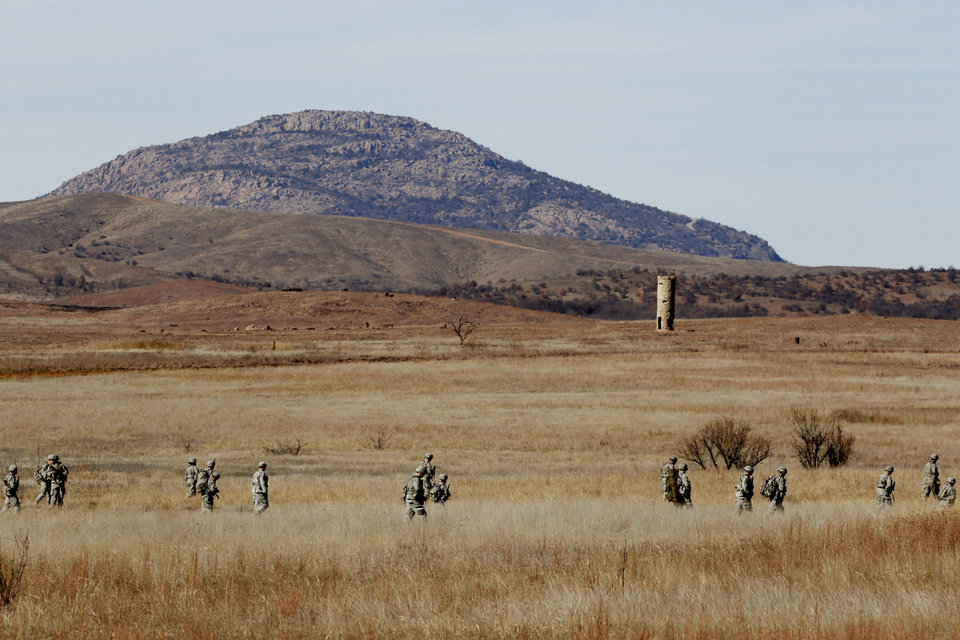 Photo - Soldiers train at Fort Sill near Lawton, Tuesday, January 27, 2015. Photo by David McDaniel, The Oklahoman