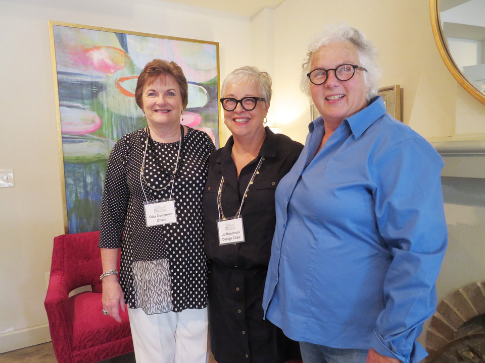Photo - Rita Dearmon, Jo Meacham, Marva Ellard. JOAN BRYANT PHOTO