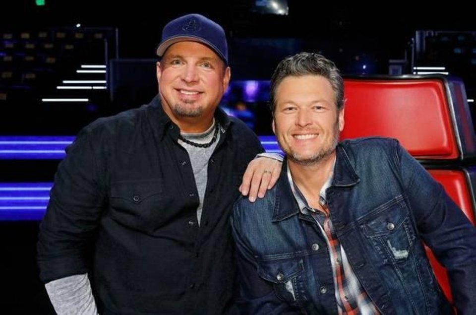 Photo - Garth Brooks and Blake Shelton appear on