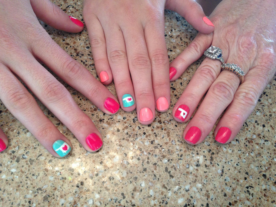 Oklahoma tornadoes express your support down to your fingertips polished nail salon locations are offering special oklahoma nail art art for one nail is prinsesfo Image collections